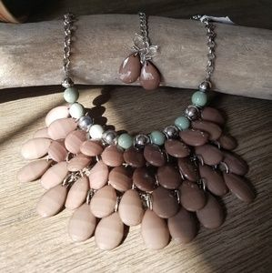Bib necklace and earings